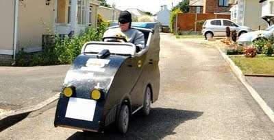 images1bg - Convierte su silla de ruedas en un Batmóvil
